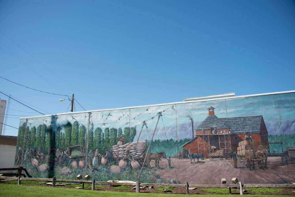 Toppenish Mural